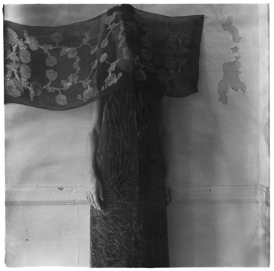 1238846334_francesca-woodman-untitled-new-york-1979-80-n310-web