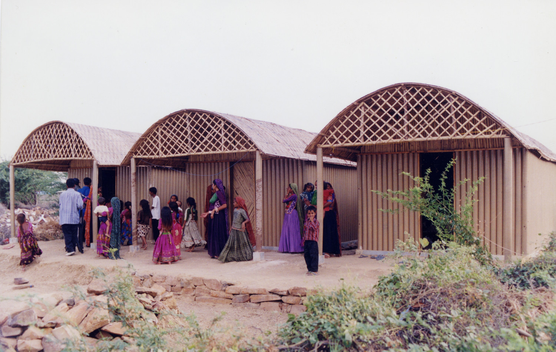 Shigeru Ban Paper Log House, Bhuj, India 2001, Photo by Kartikeya Shodhan