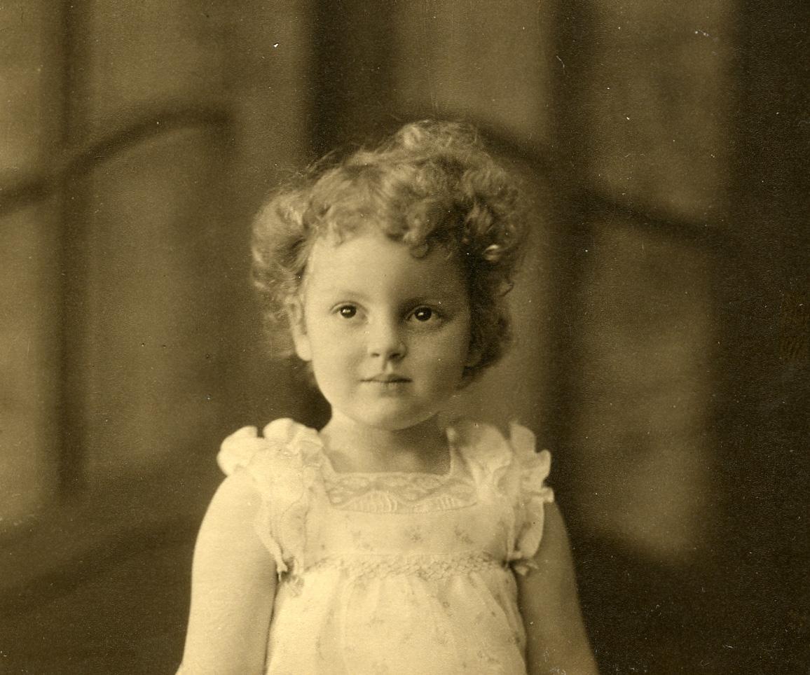 1_Denise1935